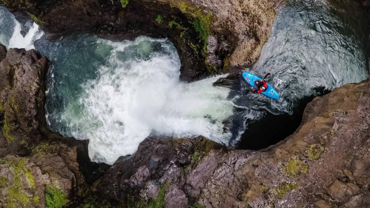 Extreme Kayaking in Iceland – The Serrasoles brothers interviewed
