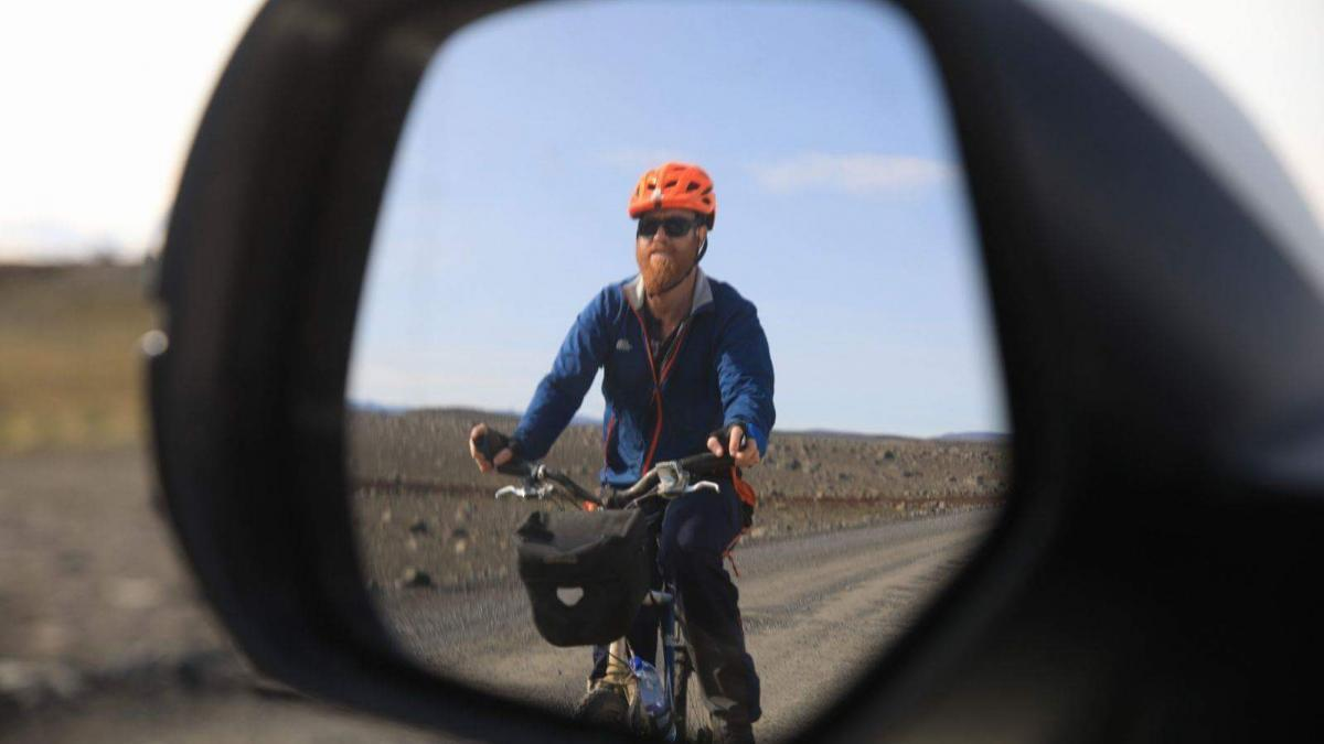 Cycling in Iceland – Riding With Faith on the Open Road
