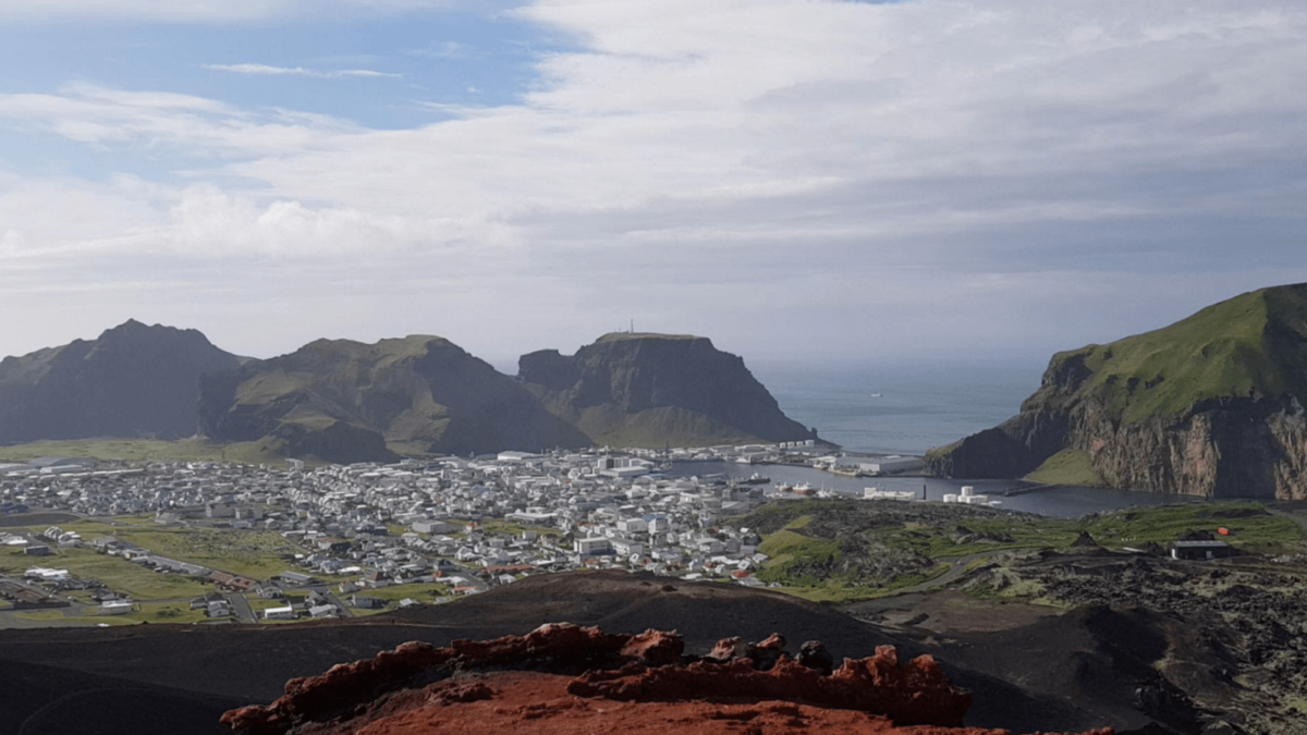 The Enormous 1973 Eruption in the Westman Islands