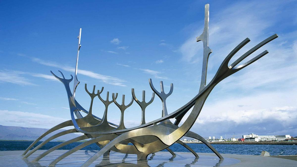 Reykjavik Art Walk app – 200 works of Icelandic art in your pocket