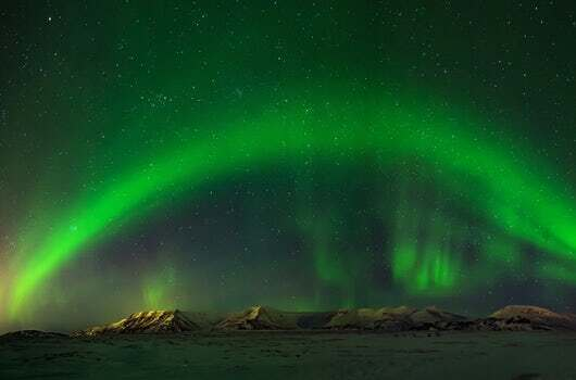 Northern lights in Iceland can be seen in the Golden Circle and Northern Lights tour from Reykjavik Sightseeing
